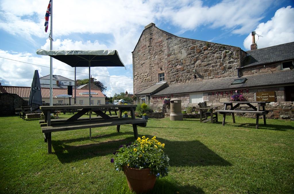The Craster Arms garden